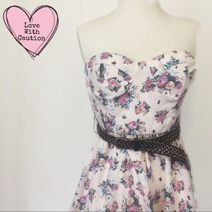 NWTs Floral Bustier Strapless Dress With Belt